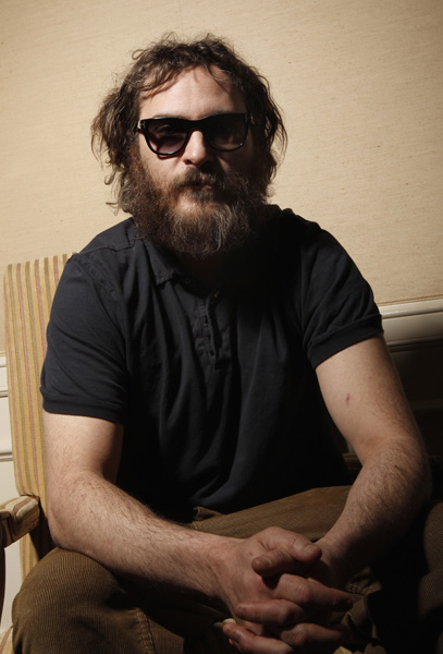 Actor Joaquin Phoenix poses for a portrait in Beverly Hills Calif., on Tuesday, Feb. 3, 2009. (AP Photo/Matt Sayles)