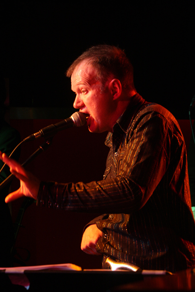 Edwyn Collins playing in Fusion Kirkwall Orkney pic ken amer orkney photographic