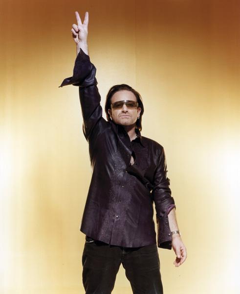 U2 / Bono: pop/ rock music band. NME 15/01/2005.