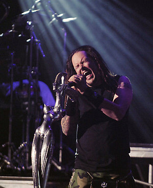 Jonathan Davis of Korn performs during the band's set at the KROQ Weenie Roast Y Fiesta 2007 in Irvine, Calif., Saturday, May 19, 2007. (AP Photo/Chris Pizzello)