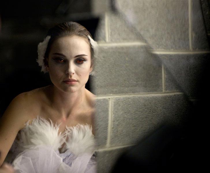 Nina Black Swan