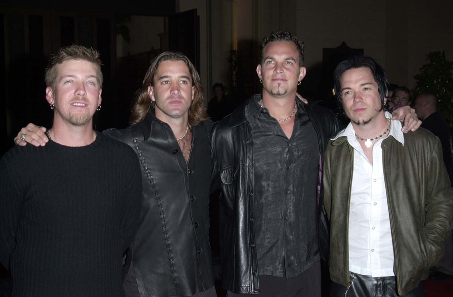 Creed at the 2001 Blockbuster Awards in Los Angeles.  Half length.©Paul Smith/allaction.co.uk