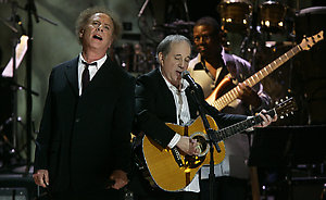 Paul Simon and Art Garfunkel, perform during a tribute to Simon, who was awarded the first annual Library of Congress Gershwin Prize for Popular Song, Wednesday, May 23, 2007, in Washington. Named in honor of the legendary George and Ira Gershwin, this newly created award recognizes the profound and positive effect of popular music on the world's culture. (AP Photo/Manuel Balce Ceneta)