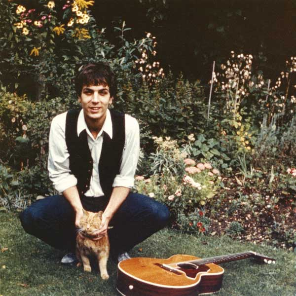 Rare Photos Of Pink Floyd's Creative Genius Syd Barrett
