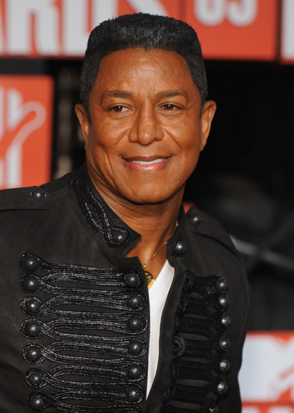 Jermaine Jackson arrives at the MTV Video Music Awards, Sunday, Sept. 13, 2009 in New York. (AP Photo/Charles Sykes)