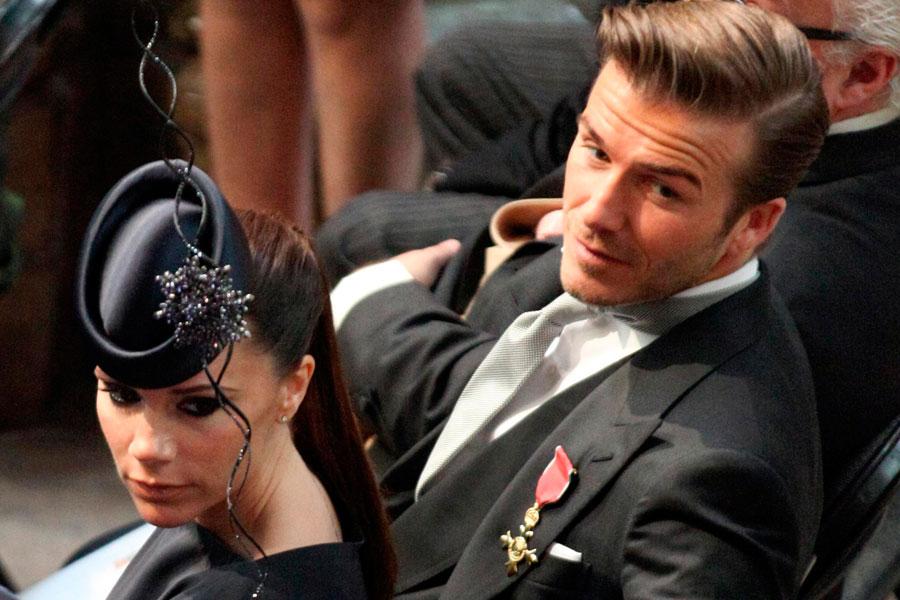 Victoria Beckham Runs The Rule Over Kate Middleton S Royal Wedding Dress