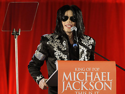 US singer Michael Jackson announces that he is set to play ten live concerts at the London O2 Arena in July, which he announced at a press conference at the London O2 Arena, Thursday, March 5, 2009. The singer also stated that this would be his final performances in London. (AP Photo/Joel Ryan)