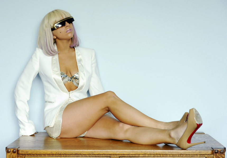Singer-songwriter Lady Gaga poses for a portrait at Interscope Records in Santa Monica, Calif., Wednesday, March 11, 2009. (AP Photo/Chris Pizzello)