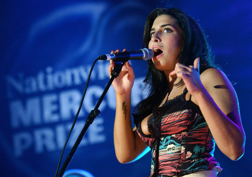 Amy Winehouse Rip Share Your Memories Nme