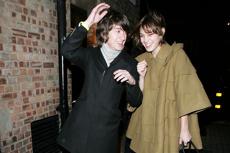Faris badwan dating alexa chung it