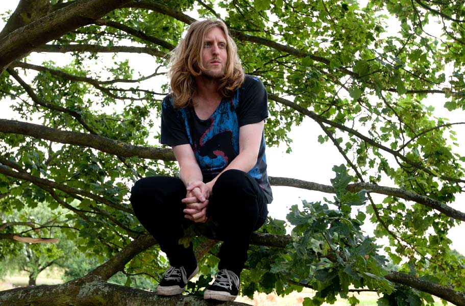 8b371999ff3 Editors  Tom Smith and Andy Burrows to release Christmas album - NME