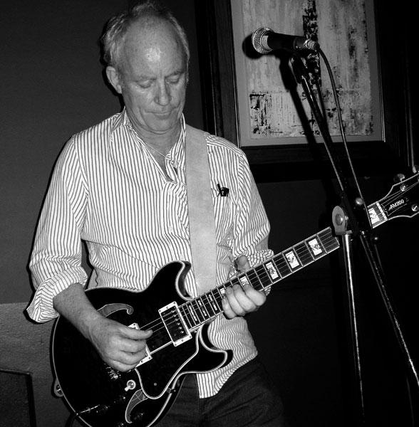 Ex Fleetwood Mac Guitarist Bob Weston Found Dead At His