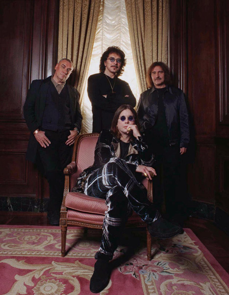 **FILE**Members of the heavy metal band Black Sabbath pose in New York Oct. 16, 1998. Seated is Ozzy Osbourne. Standing from left are; Bill Ward, Tony Iommi and Geezer Butler. The group along with Miles Davis and the Sex Pistols are among five musical legends to be inducted into the Rock and Roll Hall of Fame, the organization announced Monday, Nov. 28, 2005. (AP Photo/Jim Cooper) ... 21-10-1998 ... Photo by: JIM COOPER/AP/PA Photos.URN:2727238