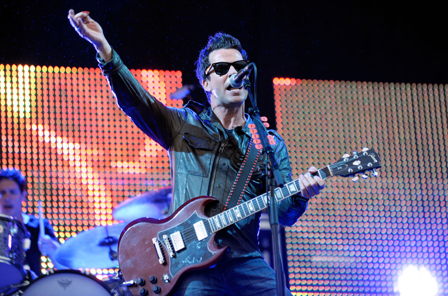 Graffiti on the train stereophonics | songs, reviews, credits.