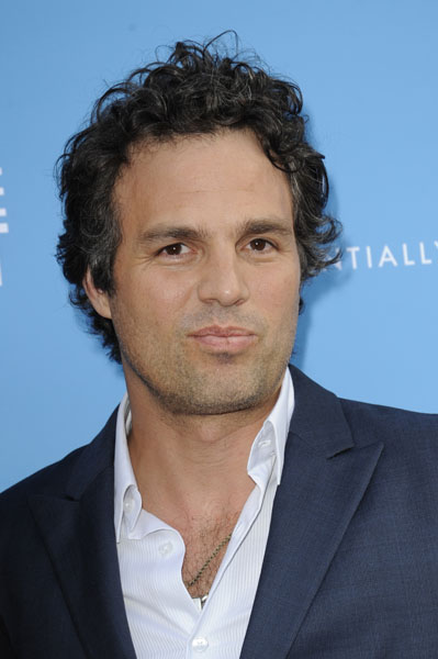 Mark Ruffalo attends the premiere of 'The Kids are all Right' in New York (Pictured: Mark Ruffalo)