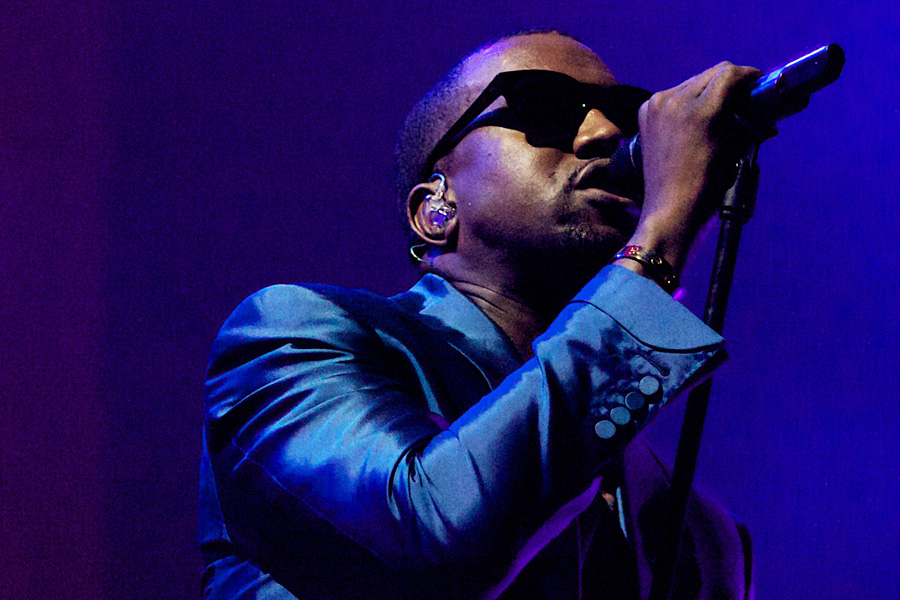 R Kelly reveals details of 'Black Panties' and 'Trapped In The