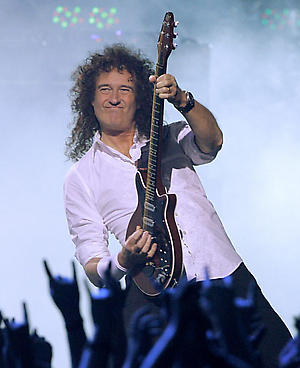 ** FILE ** Brian May performs during the VH1 Rock Honors concert in Las Vegas on in this May 25, 2006 file photo. Brian May is completing his doctorate in astrophysics, more than 30 years after he abandoned his studies to form the rock group Queen. (AP Photo/Jae C. Hong, File)