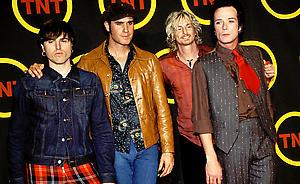 Stone Temple Pilots sue ex-frontman Scott Weiland