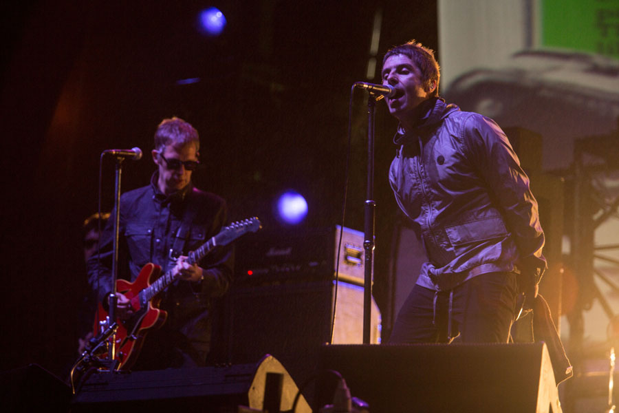 Beady Eye cover The Rolling Stones' 'Gimme Shelter' as Gem