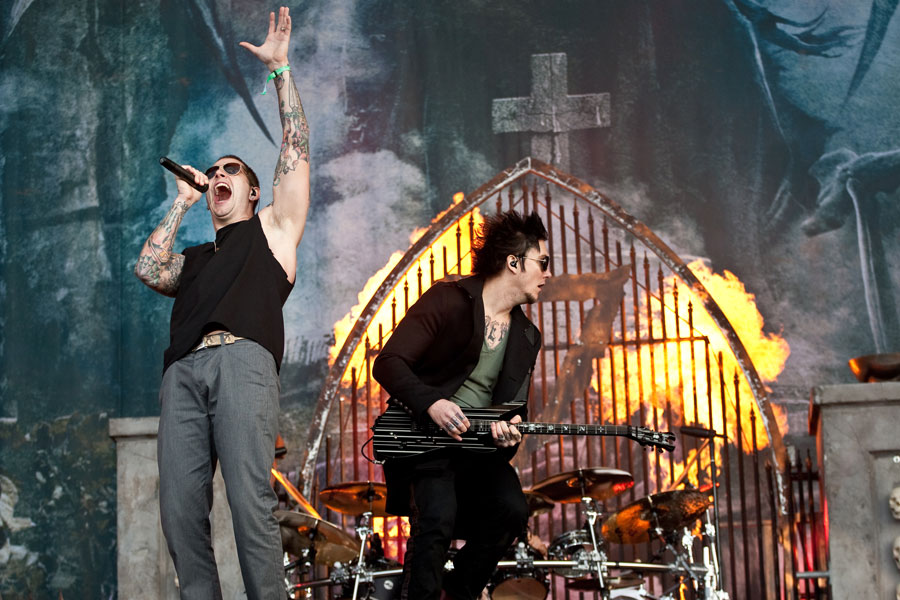 Avenged Sevenfold score first UK Number One Album with 'Hail