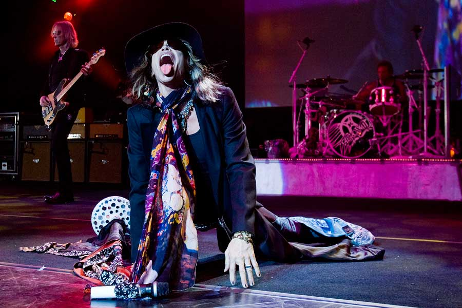 Steven Tyler Reveals Aerosmith Wrote Walk This Way While