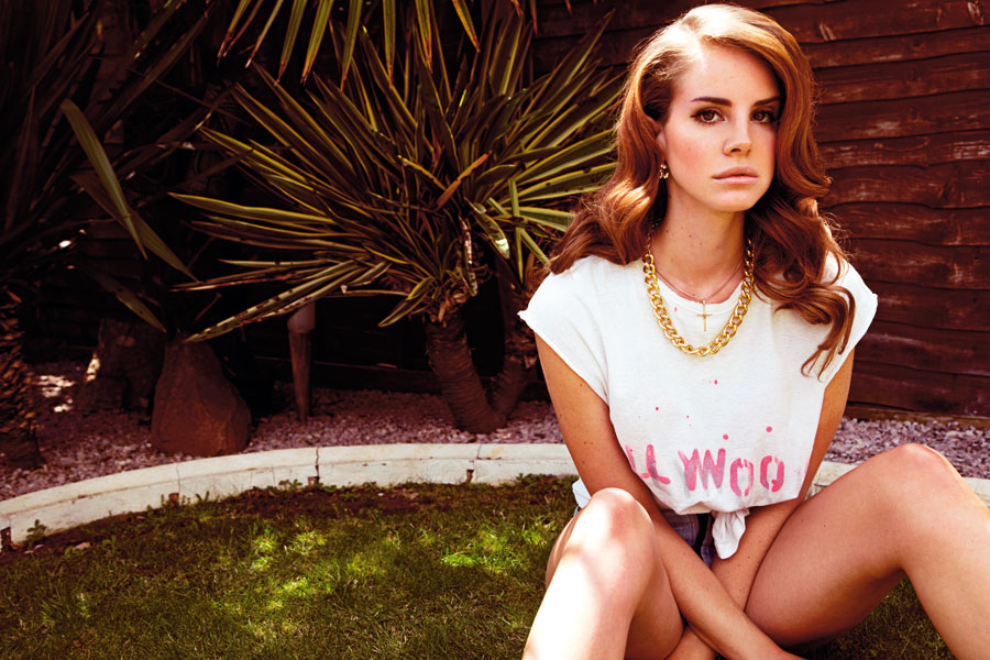 The 5 Weirdest Moments In Lana Del Rey's 'Tropico'