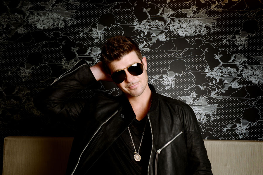 Robin Thicke named 'Sexist of the Year' by women's coalition