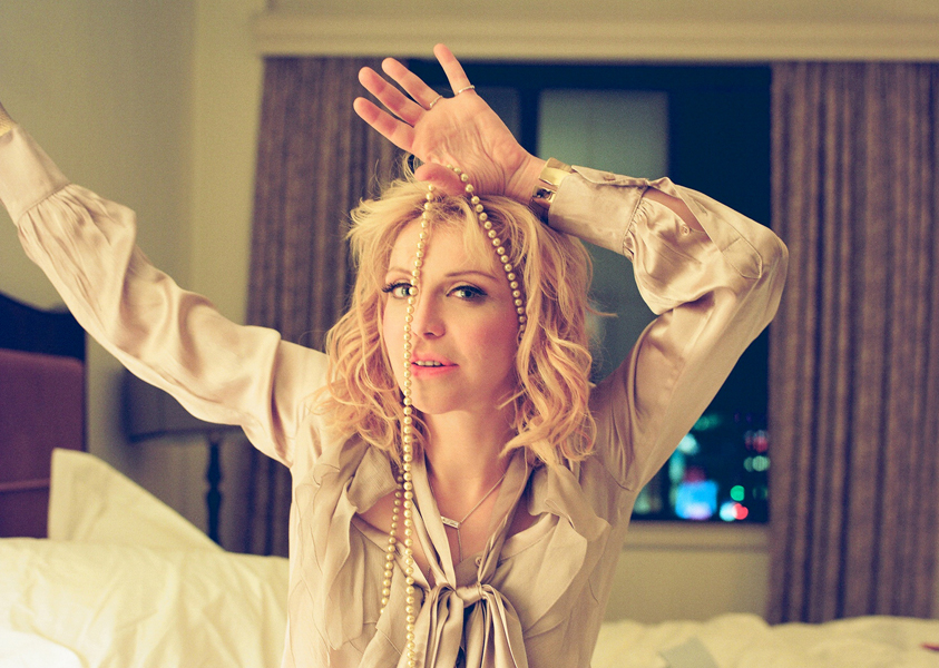 Courtney Love Says She Wants To Work With Jay Z Nme