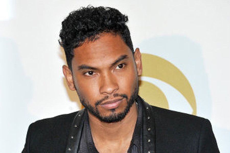 Miguel poses backstage at the Grammy Nominations Concert Live! on Friday, Dec. 6, 2013, at the Nokia Theatre L.A. Live in Los Angeles. (Photo by Richard Shotwell/Invision/AP)