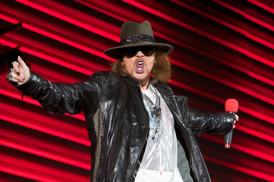 Lyric mr brownstone lyrics : Axl Rose thanks crowd for 'not throwing shit' at opening night of ...