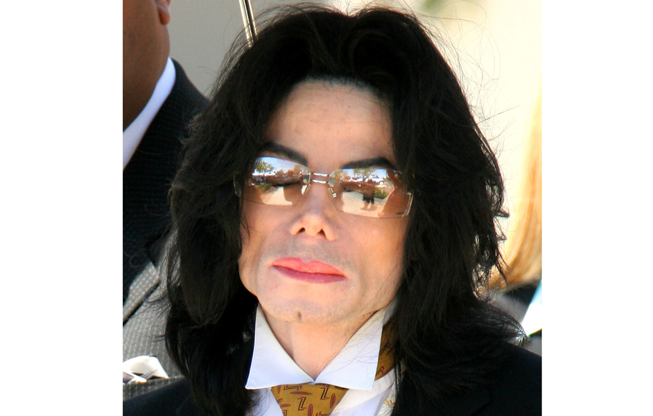 Michael Jackson 163 250m In Debt At The Time Of His Death Nme