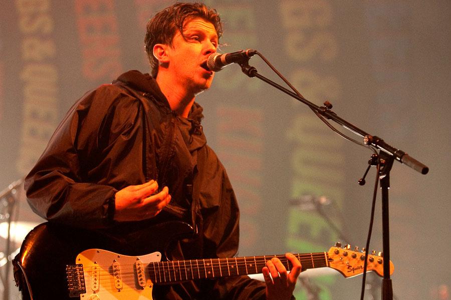 Jamie T announces short UK tour on handwritten note - NME