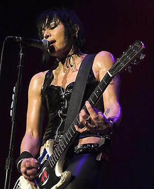 Dave Grohl To Feature On New Joan Jett Album Nme