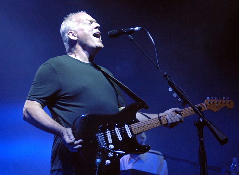 Pink Floyd guitarist Dave Gilmour performs at St. Mark's Square, Venice, Italy, Friday Aug. 11, 2006. (AP Photo/Luigi Costantini)