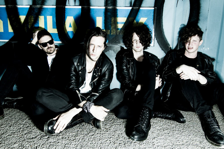 Carl Barât announces first date with new band The Jackals