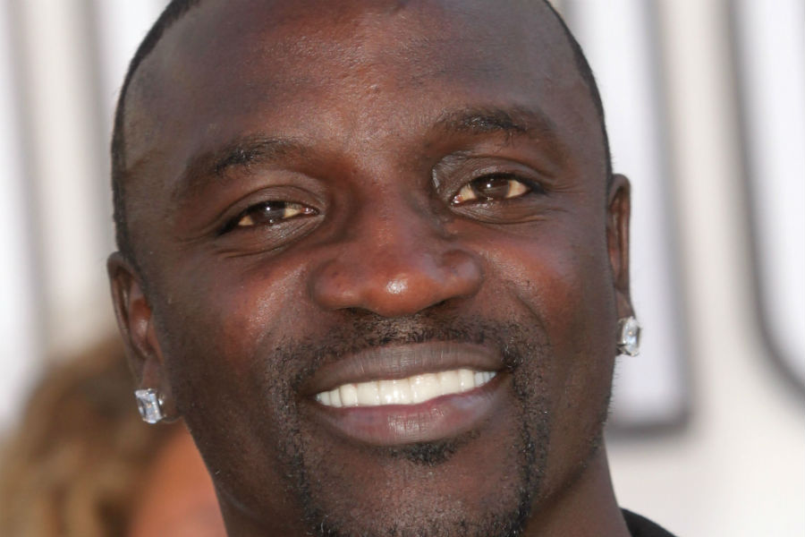Akon to release five albums in 2015 - NME
