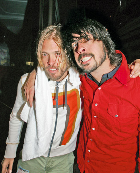 50 incredibly geeky facts about dave grohl nme click or tap to zoom into this image image credit andy willshernme gumiabroncs Images