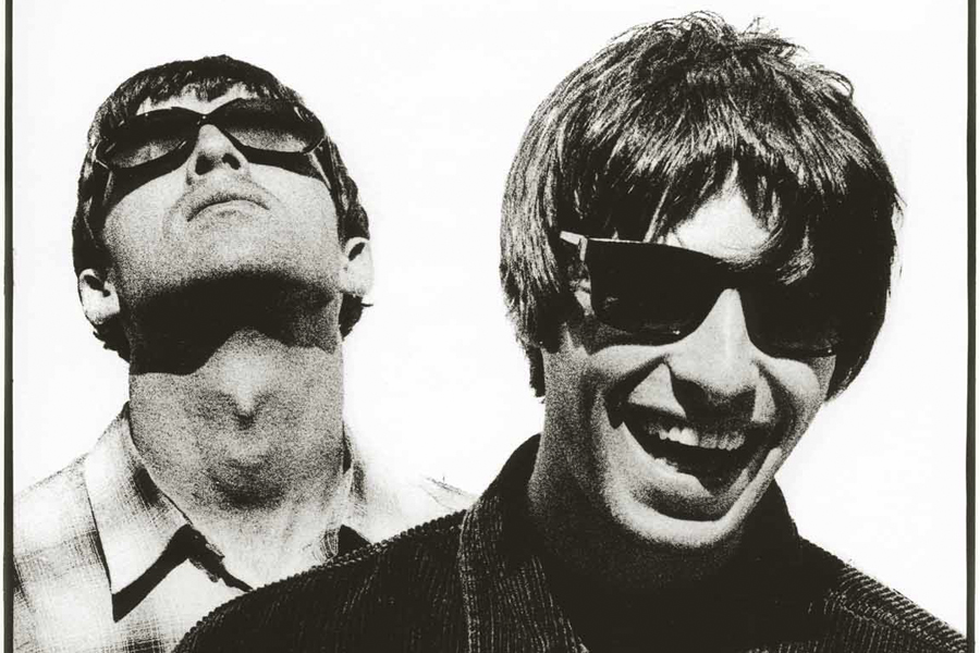 Oasis: 8 Iconic Shots Of The Band By 'Definitely Maybe ... Liam Gallagher