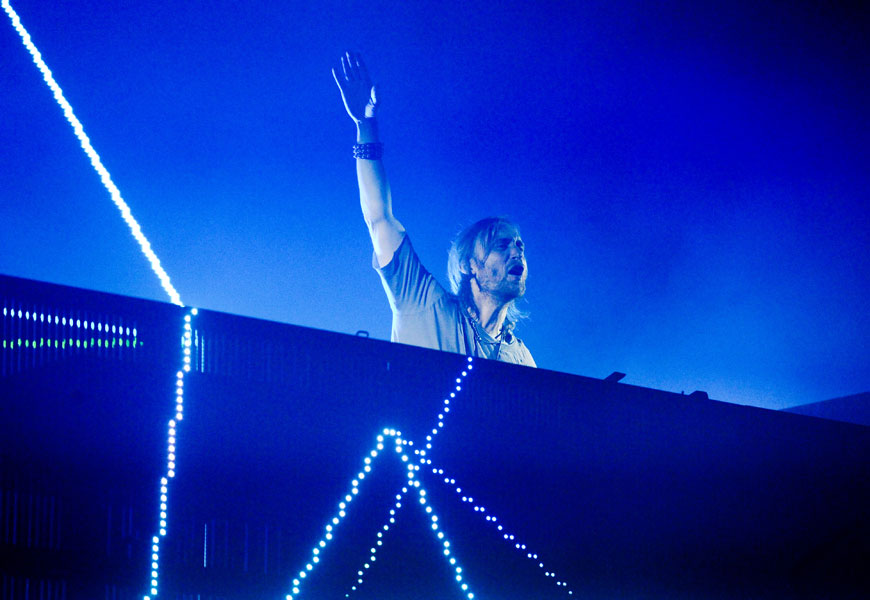 David Guetta premieres lyric video for 'Hey Mama' – watch - NME