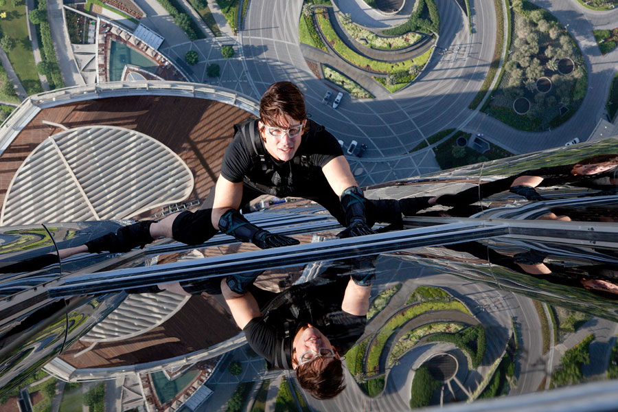 Full-length trailer for 'Mission: Impossible - Rogue Nation