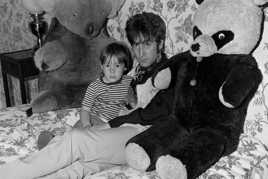 The Beatles Ringo Starr Pays Tribute To Cynthia Lennon