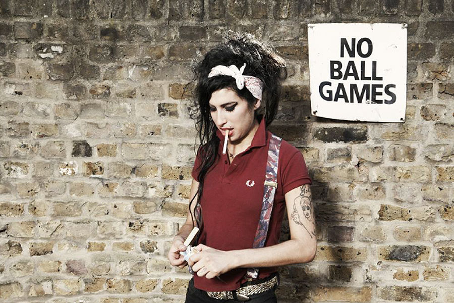 Plans to celebrate Amy Winehouse's 30th birthday include skydiving mother and Jon Snow gig