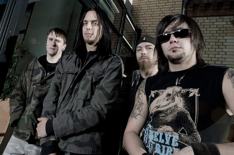 Bullet For My Valentine to wear ashes of dead fans at live shows