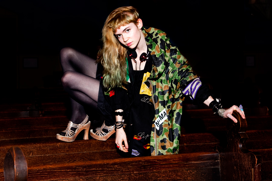 Grimes And Diiv In Vegan Beef Nme