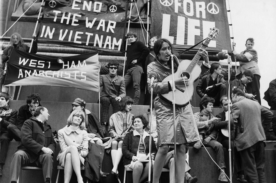 the protest movement against vietnam war in the 1960s in the united states