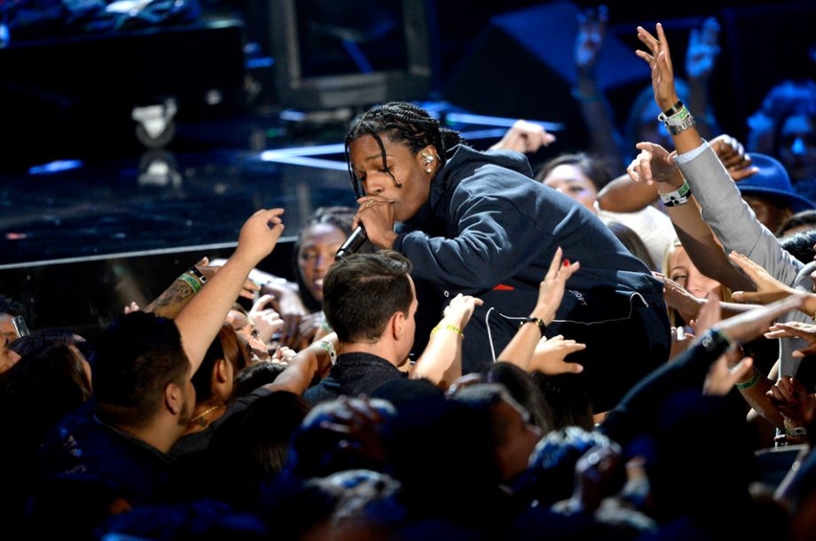 A$AP Rocky Got Lost In A Psychedelic Haze At A Bizarre London Show ...