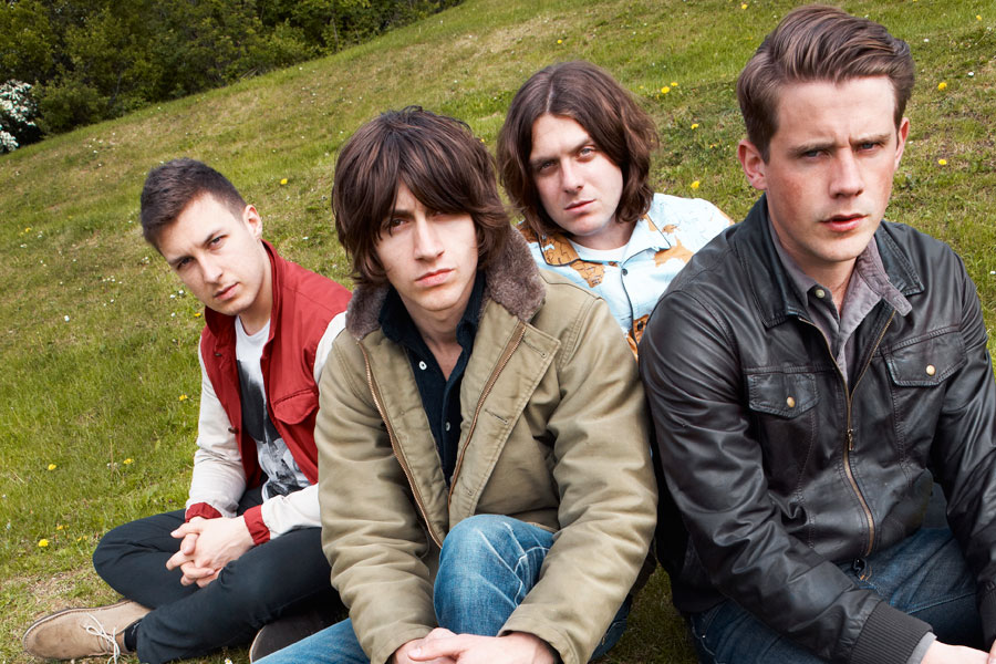 10 Years Of 'I Bet You Look Good On The Dancefloor' – The Full Story Of Arctic Monkeys' Breakout Hit
