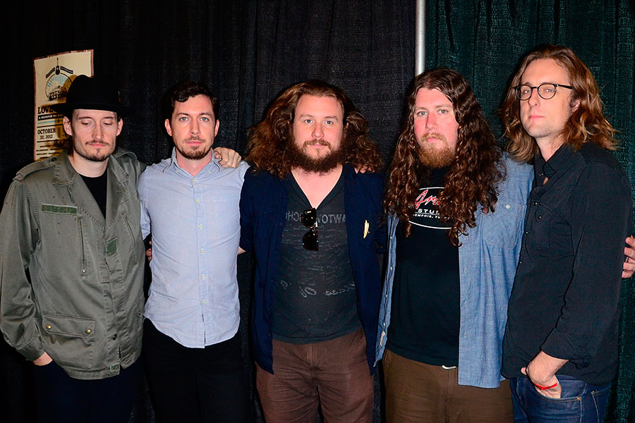 My Morning Jacket News : my morning jacket cover eagles of death metal 39 s 39 i love you all the time 39 watch nme ~ Russianpoet.info Haus und Dekorationen