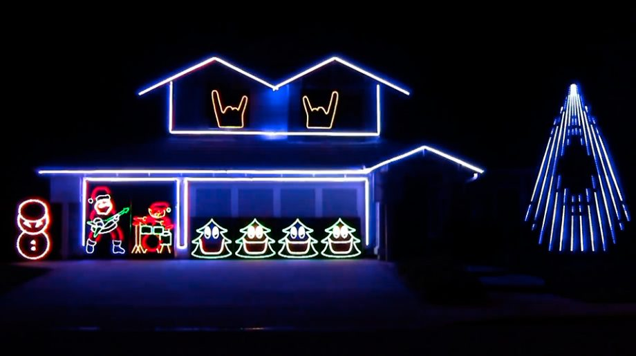 Reindeer Horns Up! This Man's House Has An Animated Christmas Light Show Set To Slipknot's 'Psychosocial'