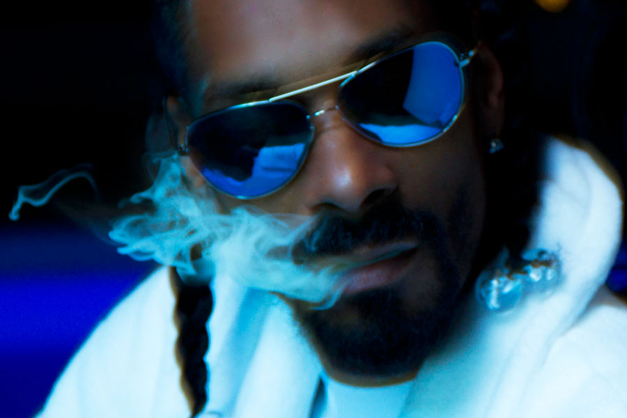 Listen – Snoop Mixes His 'Doggystyle' Samples